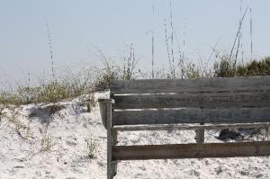 beach-bench