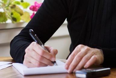 senior_letter_writer_200202168-001